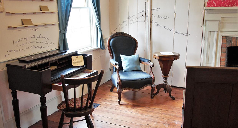 parlour of Flynn House at Black Creek Pioneer Village