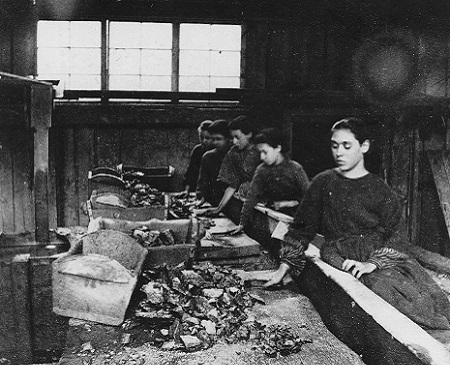 archival 1867 photograph of teenage girls working in a mine