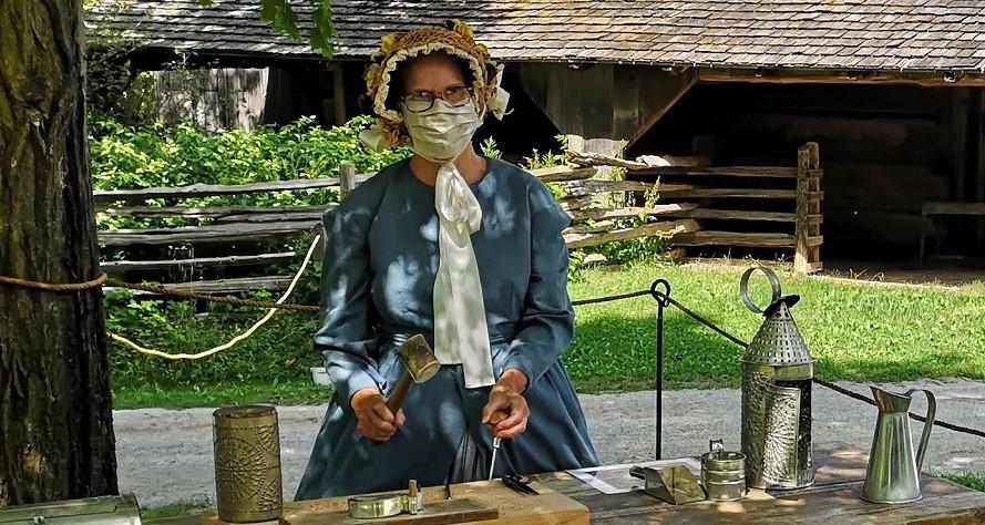 Pioneer wearing mask