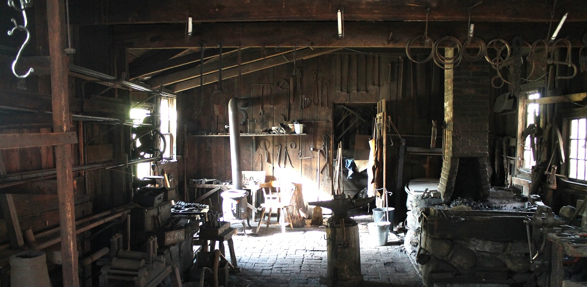 how to build a blacksmith shop