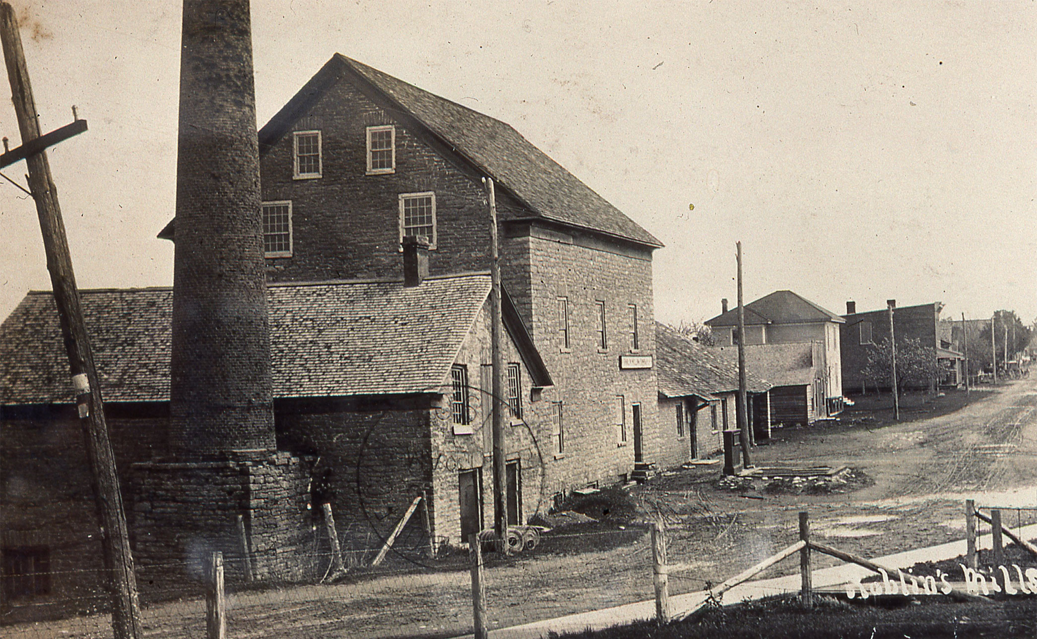 An early photo of Roblin's Mill
